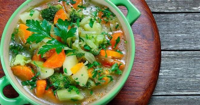 Овощной вегетарианский суп - вкусные и сытные блюда на каждый день