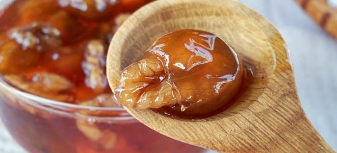 Варенье из крыжовника и грецких орехов