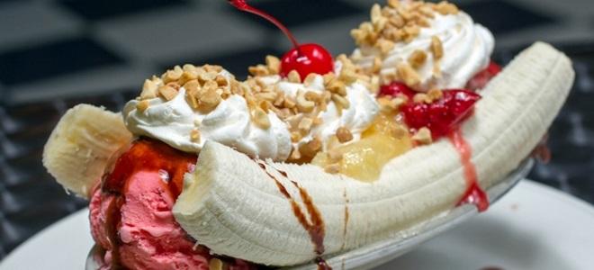 десерт банановый сплит