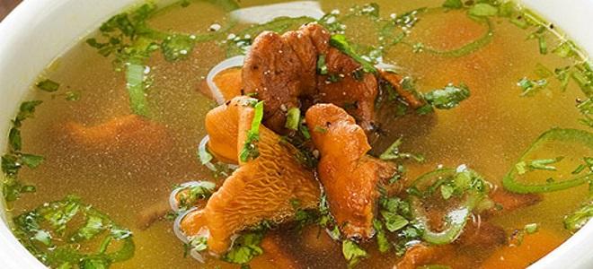 гороховый суп с лисичками