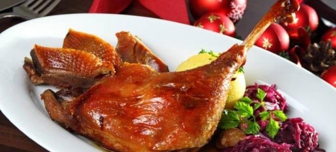 Рецепт приготовления гуся в духовке целиком в рукаве