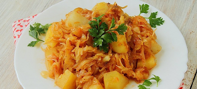 тушеная капуста с картошкой с рисом