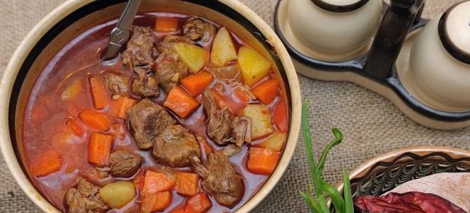классический венгерский суп гуляш