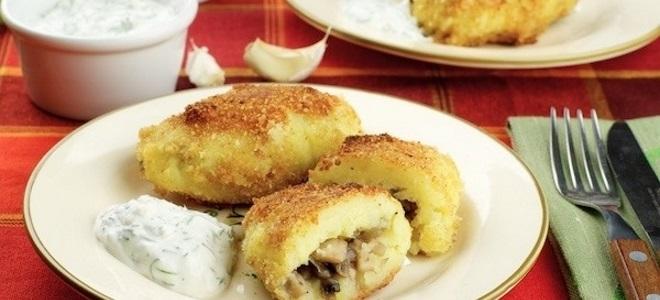 котлеты из картофельного пюре с грибами