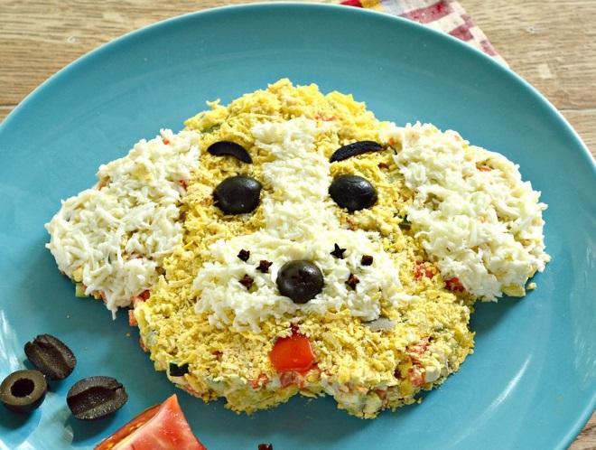 красивый салат «Собака» на Новый год