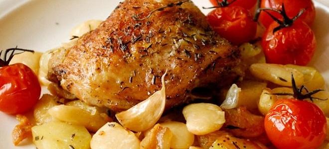 как приготовить курицу в духовке в фольге рецепты