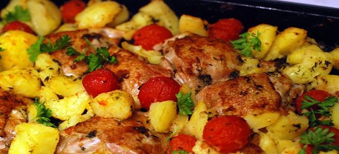 курица в духовке с картошкой в фольге рецепты