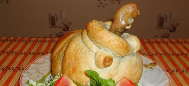 Как приготовить куриные ножки в духовке с картошкой