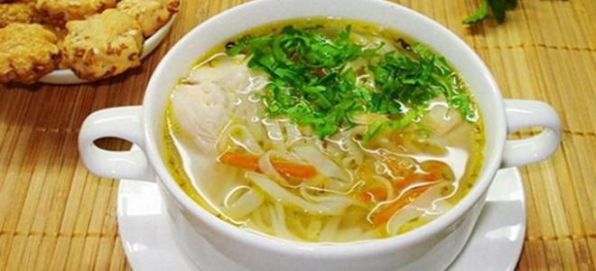 куриный суп с лапшой и картошкой