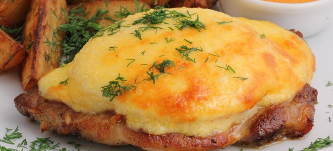 Мясо по-французски классический в духовке рецепт