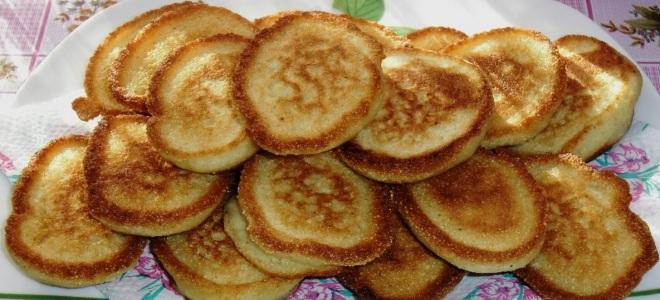 Пышные оладьи на кефире без яиц с бананом лучший рецепт с фото пошагово