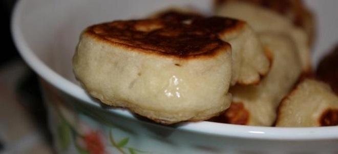 Оладьи на молоке с дрожжами без яиц с фото