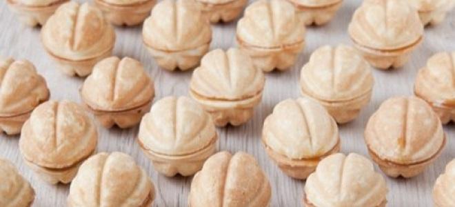 Орешки со сгущенкой в духовке