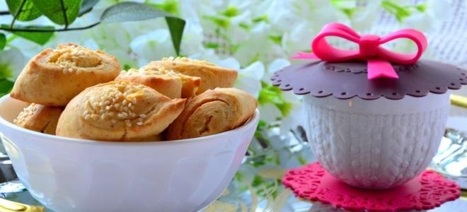 печенье из плавленных сырков с кунжутом