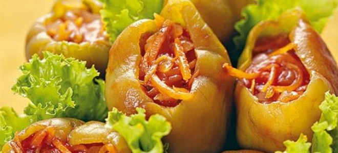 Перец, фаршированный овощами, на зиму