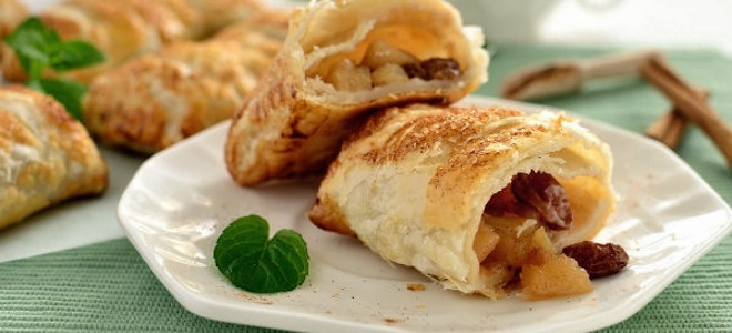 рецепт очень скучных пирожков с яблоками