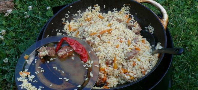 Плов в казане из свинины на костре рецепт пошагово