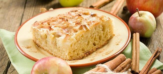 Постная шарлотка с яблоками - рецепт