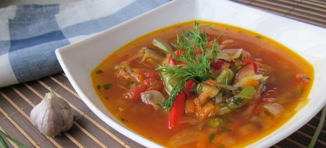 Постный суп из замороженной стручковой фасоли