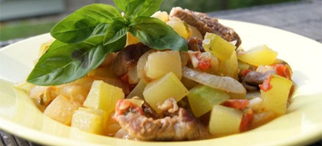 рагу из овощей с мясом и картошкой
