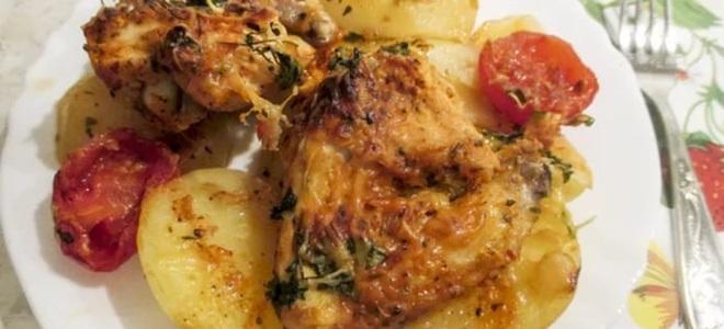 рецепт курицы в духовке кусочками с картошкой в духовке