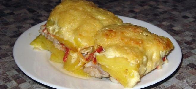 Рыбное филе с картофелемы
