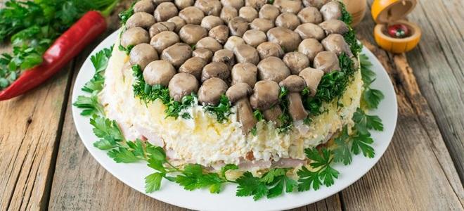Салат «Грибная полянка» с плавленным сыром