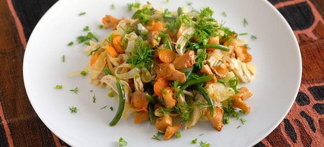 Салат из лисичек с картошкой
