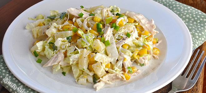 салат из пекинской капусты с курицей и огурцом и