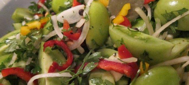 Салат из зеленых помидоров с сельдереем