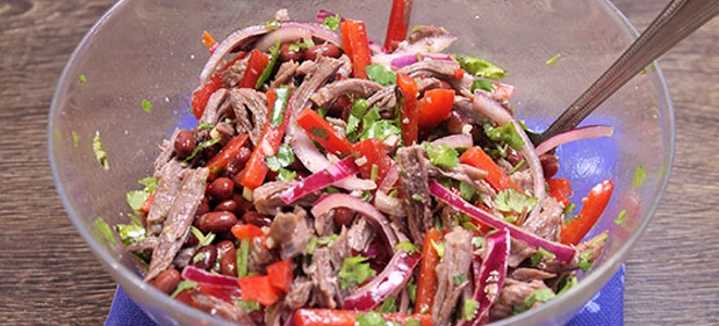 Салат к шашлыкам на скорую руку