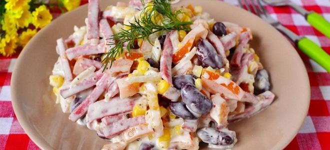 салат с копченой колбасой и фасолью рецепт