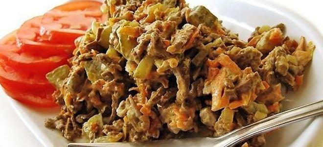 салат с печенью говяжьей и солеными огурцами