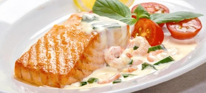 сливочный соус с креветками для рыбы