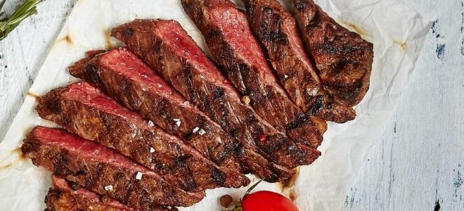 Стейк из говядины в духовке в фольге
