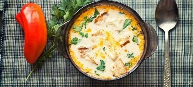 Простой рецепт сырного супа с фото