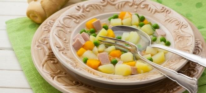 суп в мультиварке с колбасой