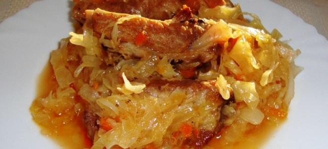 Свиные ребрышки с капустой рецепт с фото