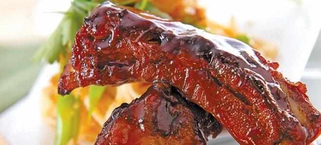 свиные ребрышки в кисло сладком соусе