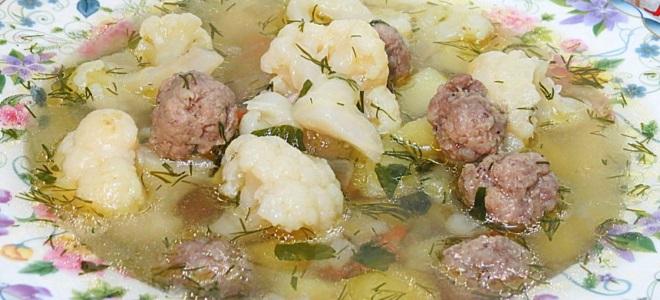 уп с фрикадельками капустой и картошкой