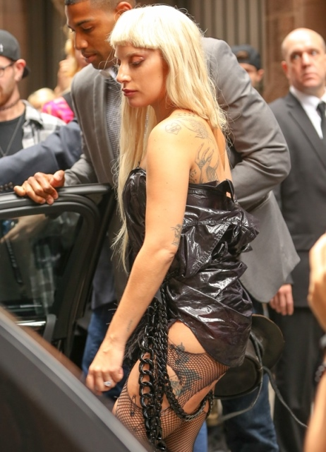 lady-gaga-spotted-leaving-the-nicopanda-presentation-in-the-financial-district-of-manhattan-in-new-york-city-1.jpg