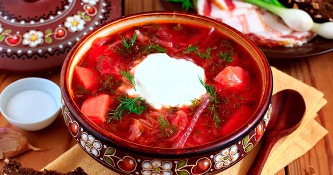 Как приготовить борщ со свеклой, щавелем, фасолью, маринованной свеклой, колбасой и другие рецепты