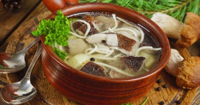 Как приготовить грибной суп по-китайски, солянку, суп-лапшу и пюре, рецепт из сушеных грибов