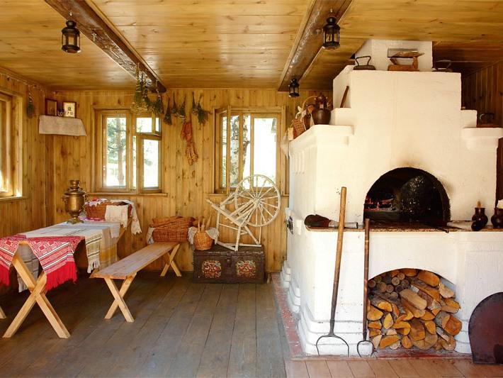 Деревянный дом с печкой фото