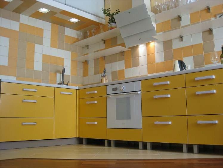 Реставрировать кухонный гарнитур своими руками