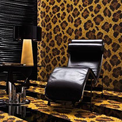 леопардовые обои на стену:
