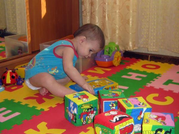 Мягкий пол для детских комнат (45 фото), его