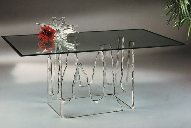 Мебель пластик стекло