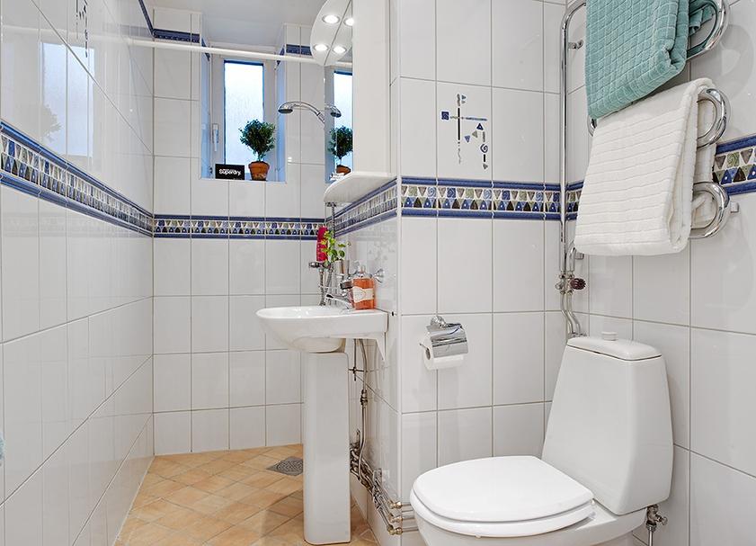 Ванная комната белая плитка фото