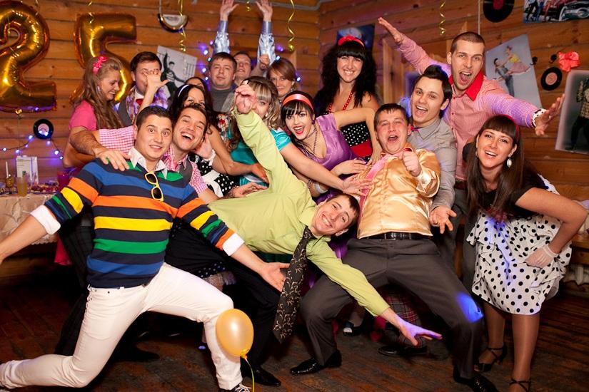 Новогодние сценарии ретро вечеринок
